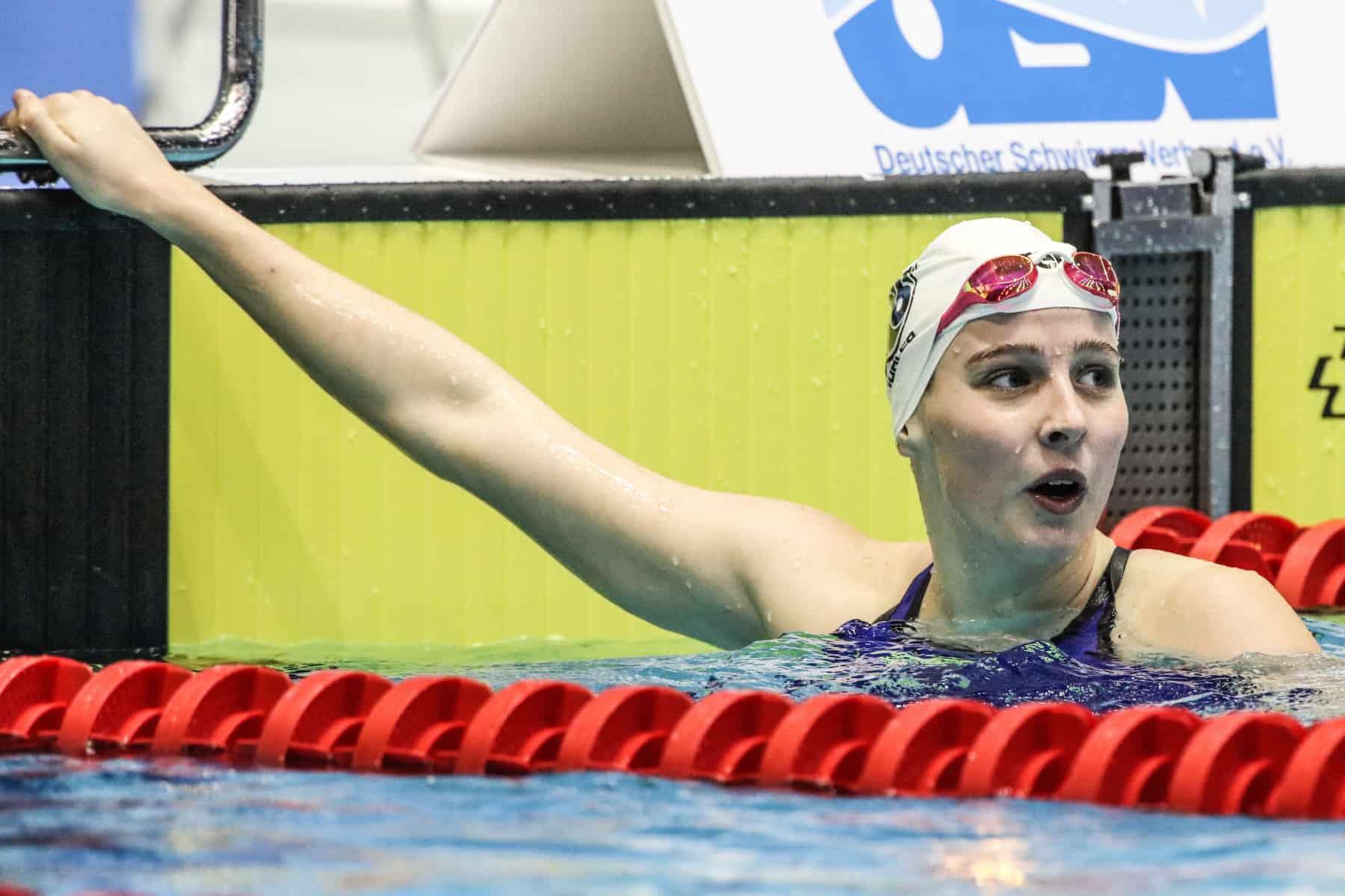 Angelina Köhler hält gut mit Hentke mit und wird Zweite.