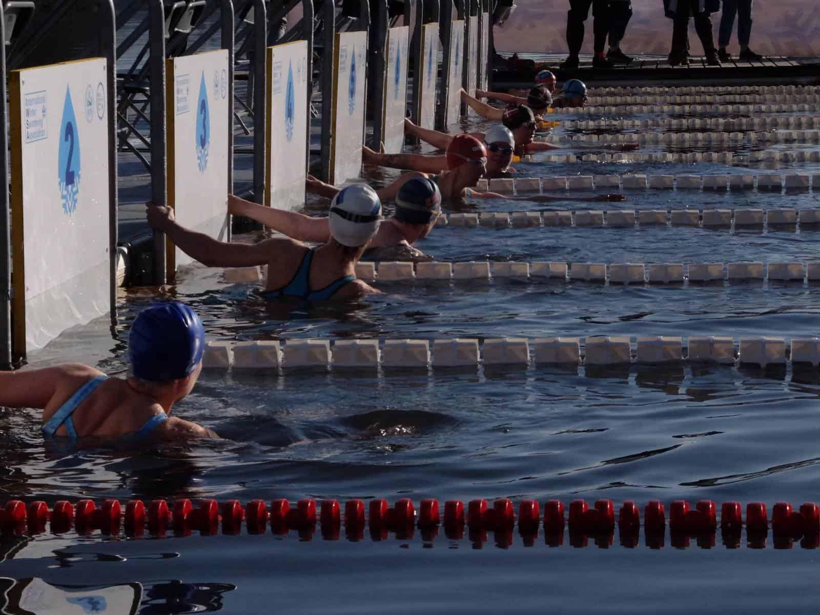 Bei der Winterschwimm-WM in Slowenien geht es über Strecken von 25 bis 1.000 Meter ins kalte Wasser.